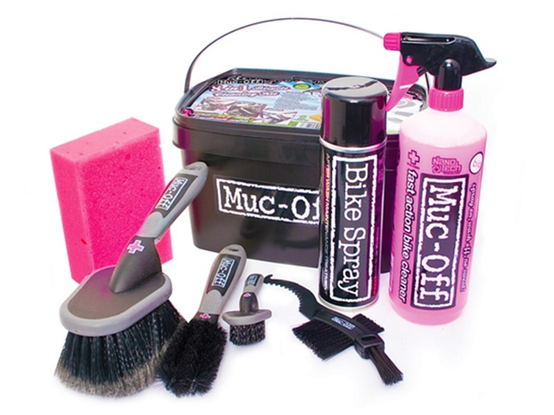 Muc-Off 8 in 1 Bike Cleaning Kit.jpg