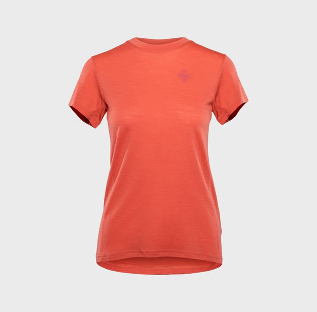 828082_Hunter-Merino-SS-Jersey-W_CORAL_PRODUCT_1_Sweetprotection.jpg